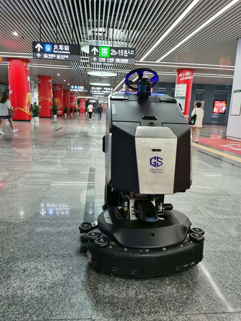 玉龙环保-机器人保洁