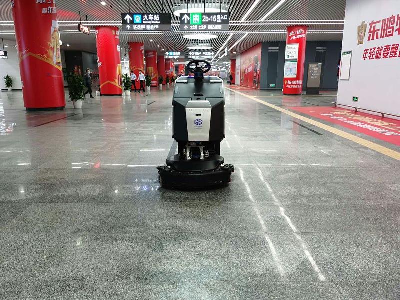 玉龙环保-机器人清扫0