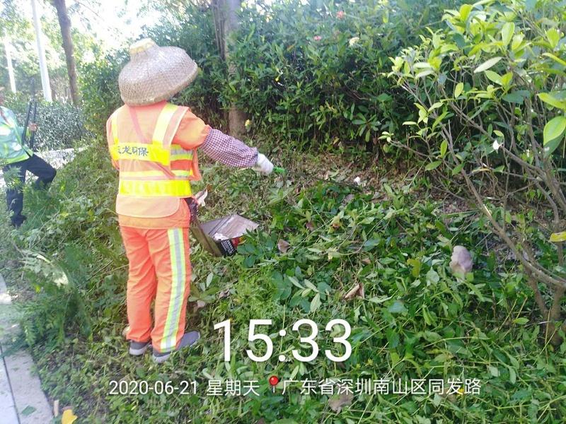 用工具捡垃圾废品-玉龙环保