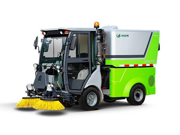 玉龙环保-扫路机