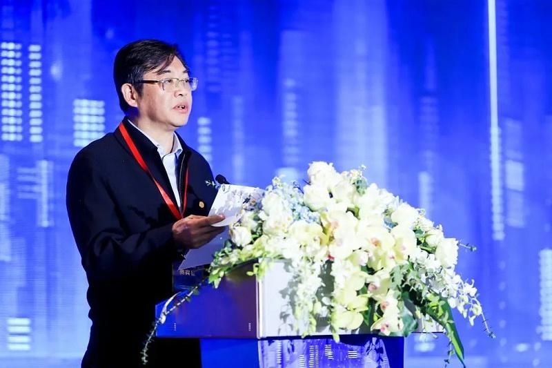 上海城投(集团)有限公司党委书记、董事长蒋曙杰致欢迎辞
