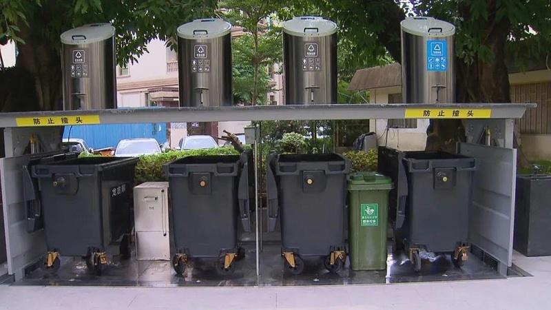 地埋式垃圾桶升起状态1-玉龙环保
